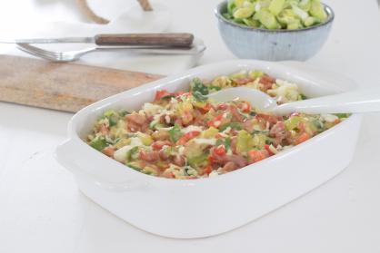 Ovenschotel  met prei, paprika en spekjes