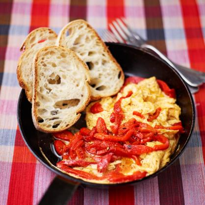Rode paprika omelet